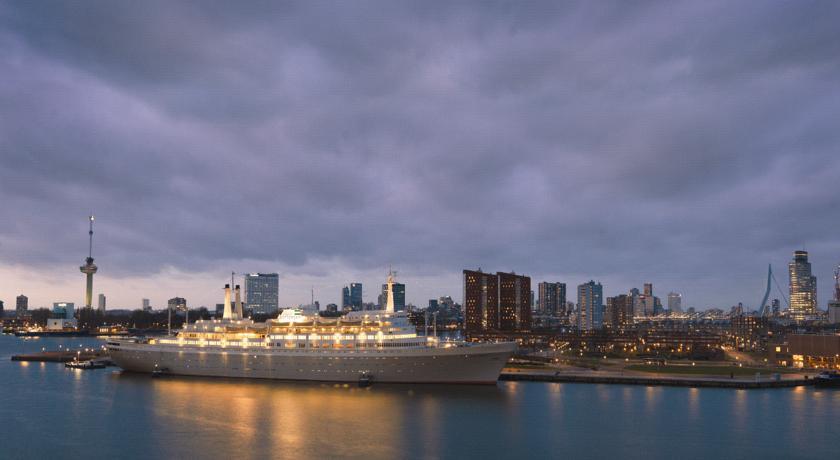 SS Rotterdam accommodation